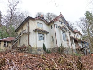 dalmally - badnaiska house